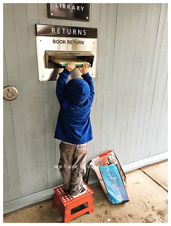 toddler returning library books